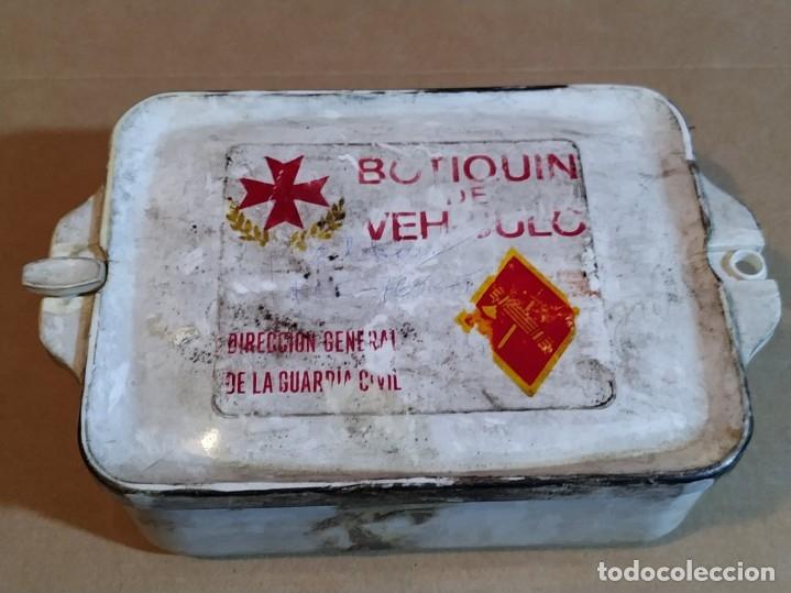 BOTIQUIN DE VEHÍCULO GUARDIA CIVIL - AÑOS 60/70 (BASTANTE DESGASTADO) (Militar - Equipamiento de Campaña)