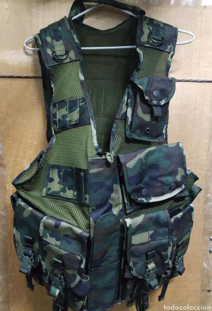 CHALECO PORTAEQUIPO DE COMBATE ALTUS CAMUFLAJE BOSCOSO ÚLTIMO MODELO BOLSILLOS DESMONTABLES NUEVO (Militar - Equipamiento de Campaña)