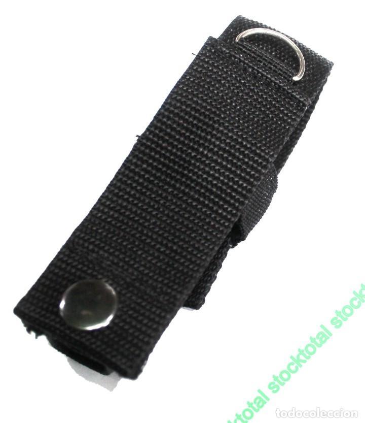 Militaria: Funda nylon para linterna Material: Nylon Sistema de cierre: Broche y velcro diametro 3 cms - Foto 2 - 195305293