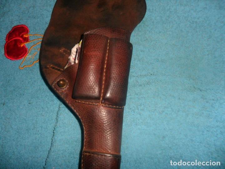 Militaria: funda pistola de cuero - Foto 3 - 207614721
