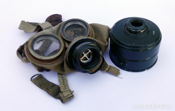 Militaria: ANTIGUA MÁSCARA EJÉRCITO MILITAR ANTIGÁS CON FILTRO Y CORREAS - Foto 4 - 217483435