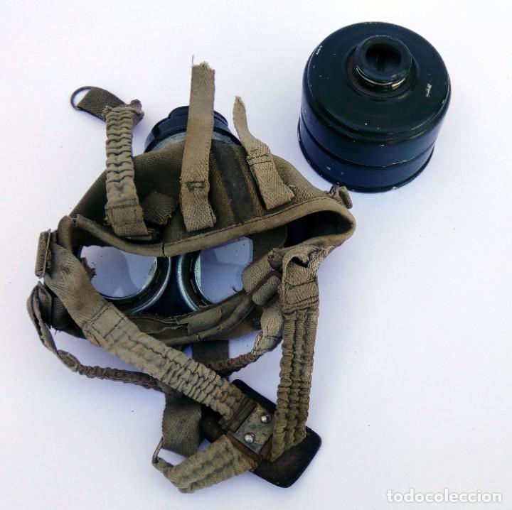 Militaria: ANTIGUA MÁSCARA EJÉRCITO MILITAR ANTIGÁS CON FILTRO Y CORREAS - Foto 5 - 217483435