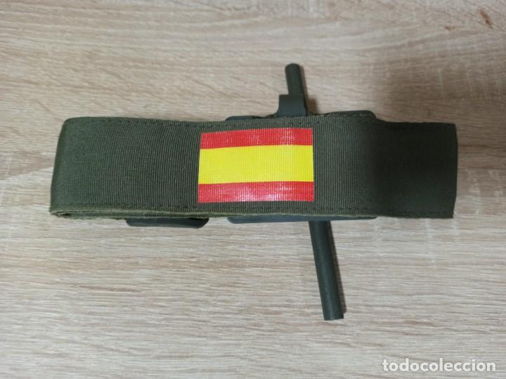 TORNIQUETE CON BANDERA DE ESPAÑA EJÉRCITO ESPAÑOL (Militar - Equipamiento de Campaña)