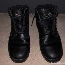 Militaria: BOTAS DE SERVICIO FAL POLICÍA NACIONAL CNP. Lote 241007075