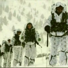 Militaria: TRAJE MIMETICO CAMUFLAJE NIEVE ALTUS. Lote 248083095