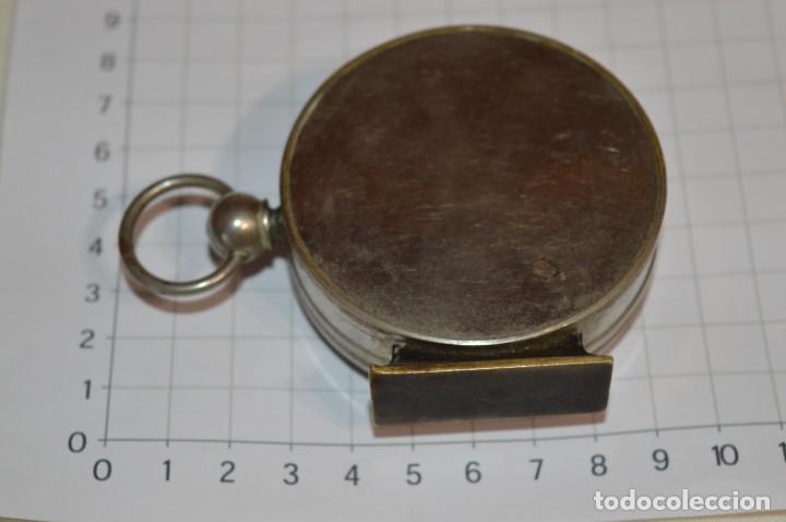 Militaria: Muy Antigua / Vintage - Brújula Compass / Caja metálica de bronce/latón niquelada - ¡Mira funciona! - Foto 8 - 253728700