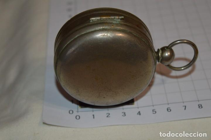Militaria: Muy Antigua / Vintage - Brújula Compass / Caja metálica de bronce/latón niquelada - ¡Mira funciona! - Foto 9 - 253728700