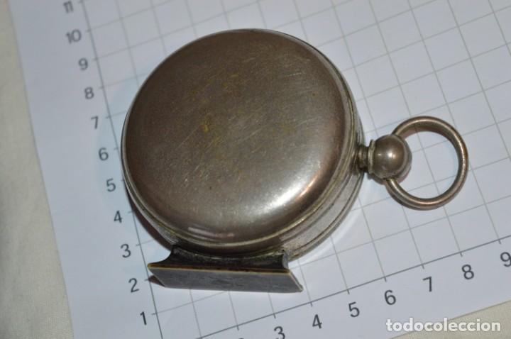 Militaria: Muy Antigua / Vintage - Brújula Compass / Caja metálica de bronce/latón niquelada - ¡Mira funciona! - Foto 10 - 253728700