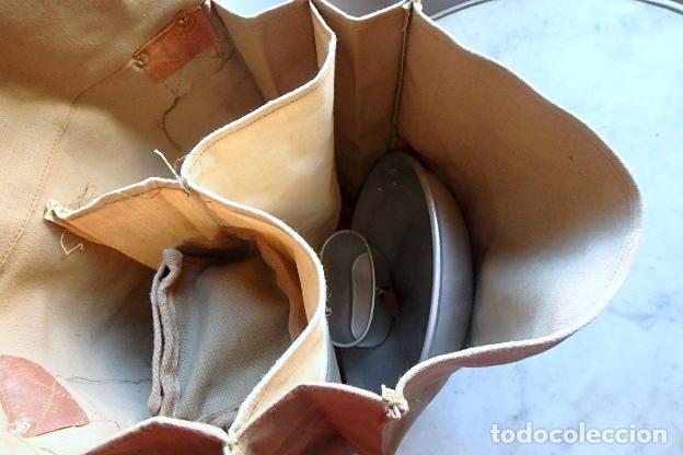 Militaria: (XJ-210406)Mochila, bolsa de costado y útiles de cocina y aseo de soldado Campañas de África. - Foto 36 - 255950200