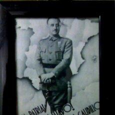 Militaria: FOTOGRAFÍA DE FRANCO, ESTUPENDA CON SU MARCO NUEVO Y PUBLICIDAD DE LOS 50-60. Lote 27140539