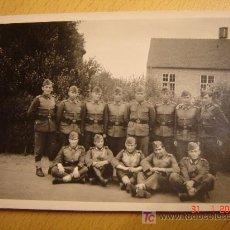 Militaria: FOTO 13 SOLDADOS ALEMANES POSANDO EN GRUPO ¡¡¡¡ ORIGINAL ¡¡¡¡¡. Lote 26962133