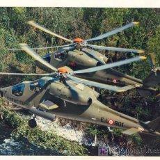 Militaria: FOTOGRAFIA ORIGINAL HELICOPTEROS AGUSTA A 129 MANGUSTA / 24 X 18 CM. Lote 26626989