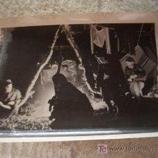 Militaria: FOTOGRAFIA DEL EJERCITO ALEMAN DESCRIPCION - SEGUNDA GUERRA MUNDIAL - 1944 - BIVAK FÜR 12 STUNDEN. Lote 23470188