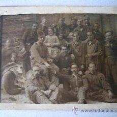 Militaria: FOTO DE GRUPO 9X7CM. SOLDADOS DE INGENIEROS Y ARTILLERÍA - GUERRA CIVIL-. Lote 27375836