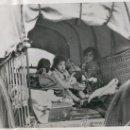 Militaria: FOTO ORIGINAL DE AGENCIA.GUERRA CIVIL ESPAÑOLA.NIÑOS CATALANES REFUGIADOS EN LE PERTHUS.1939.. Lote 9950057