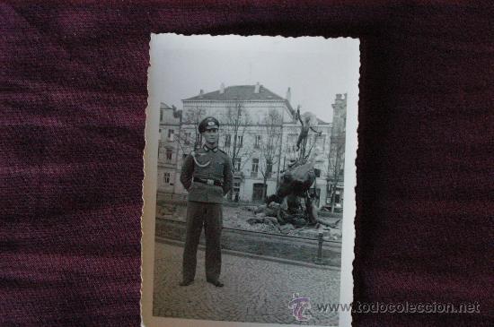 FOTOGRAFIA DE UN OFICIAL ALEMAN. TERCER REICH. EPOCA (Militar - Fotografía Militar - II Guerra Mundial)