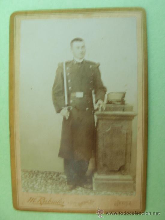 CARTONÉ FOTOGRAFIA SOLDADO DE REGIMIENTO DE INFANTERÍA BURGOS Nº 36 AÑO APRO.1900 - CARTONÉ (Militar - Fotografía Militar - I Guerra Mundial)