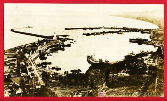 FOTO GUERRA CIVIL , MALAGA , PUERTO CON DESTRUCTORES BRITANICOS, 21-7-1936 , F479 (Militar - Fotografía Militar - Guerra Civil Española)