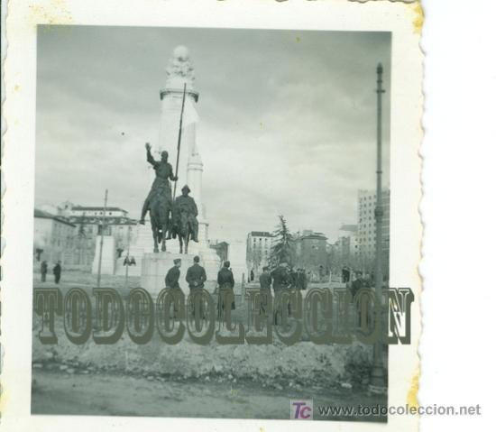 SOLDADOS LEGION CONDOR GUERRA CIVIL, ANTIGUA FOTO ORIGINAL, 6,2 X 6,2 CM. MADRID PLAZA ESPAÑA (Militar - Fotografía Militar - Guerra Civil Española)