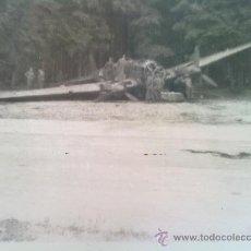 Militaria: FOTO ORIGINAL ALEMANA-AVION ALEMAN ABATIDO EN LA II GUERRA MUNDIAL IIWW. Lote 26383215
