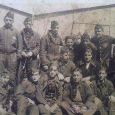 Militaria: FOTO ORIGINAL ESPAÑOLA GRUPO SOLDADOS BANDO NACIONAL GUERRA CIVIL ESPAÑOLA. Lote 27115516