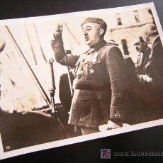 Militaria: FRANCISCO FRANCO FOTO-DANDO UN DISCURSO A LA LEGION CONDOR-LA ESPAÑA . Lote 20901176