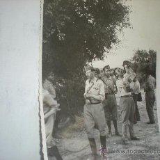 Militaria: FOTOGRAFIA ORIGINAL GUERRA CIVIL - ALTOS MANDOS EN UN CAMPAMENTO CERCA DE TERUEL -AÑO 1938. Lote 24091252