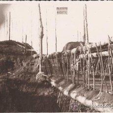 Militaria: FOTOGRAFIA ORIGINAL GUERRA CIVIL- BRIGADAS INTER. IMPROVISAN UN PUENTE - PLOTONE ARDITI - AÑO 1938. Lote 24301725