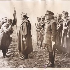 Militaria: FOTOGRAFIA ORIGINAL GUERRA CIVIL- NUEVOS OFICIALES REBELDES EN BURGOS - AÑO 1936. Lote 24091254