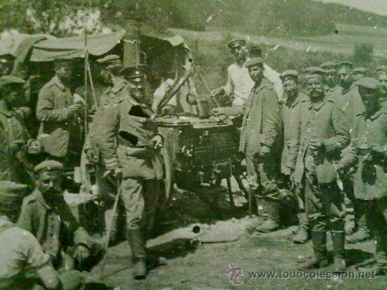 FOTO ORIGINAL ALEMANA SOLDADOS ALEMANES COMIENDO I GUERRA MUNDIAL (Militar - Fotografía Militar - I Guerra Mundial)