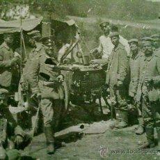 Militaria: FOTO ORIGINAL ALEMANA SOLDADOS ALEMANES COMIENDO I GUERRA MUNDIAL. Lote 27445157