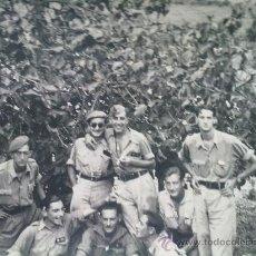 Militaria: FOTO ORIGINAL GUERRA CIVIL ESPAÑOLA ,OFICIALES BANDO NACIONAL. Lote 24189928