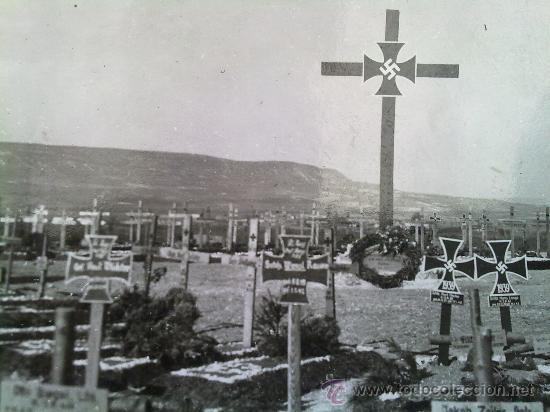 FOTO ORIGINAL ALEMANA,CEMENTERIO ALEMAN II GUERRA MUNDIAL (Militar - Fotografía Militar - II Guerra Mundial)