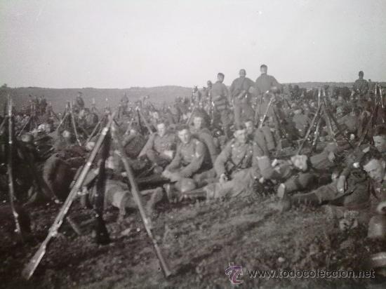FOTO ORIGINAL ALEMANA,TROPAS ALEMANAS DESCANSANDO (Militar - Fotografía Militar - II Guerra Mundial)
