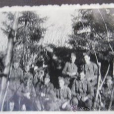 Militaria: FOTO 100% ORIGINAL II GUERRA MUNDIAL TROPAS ALEMANAS DESCANSANDO . Lote 24975199