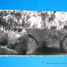 Militaria: CUBA. FOTOGRAFÍA ORIGINAL LA HABANA, LLEGADA DE FIDEL CASTRO. ENERO 1959. Lote 25044495