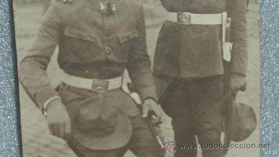 Militaria: Gran fotografia de carton de dos militares españoles ingenieros zapadores con chambergo. - Foto 3 - 25626147
