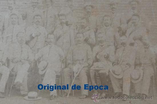 Militaria: (JX-314)FOTOGRAFIA ALBUMINA SIGLO XIX JEFES Y OFICIALES REGIMIENTO TARRAGONA CAMPAÑA DE CUBA - Foto 3 - 26029873