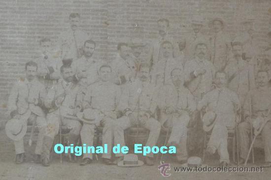 Militaria: (JX-314)FOTOGRAFIA ALBUMINA SIGLO XIX JEFES Y OFICIALES REGIMIENTO TARRAGONA CAMPAÑA DE CUBA - Foto 4 - 26029873