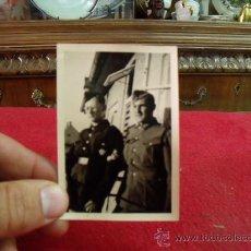 Militaria: ANTIGUA FOTO SEGUNDA GUERRA MUNDIAL, SOLDADO ALEMAN CON DE LAS SS, 1941 Z 79. Lote 27507582