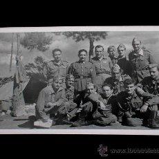 Militaria: ANTIGUA FOTOGRAFÍA ORIGINAL, CAMPAMENTO MILITAR LOS CASTILLEJOS, TARRAGONA, AÑO 1953.. Lote 26680792
