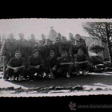 Militaria: ANTIGUA FOTOGRAFÍA ORIGINAL, CAMPAMENTO MILITAR LOS CASTILLEJOS, TARRAGONA, AÑO 1953.. Lote 26296388