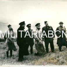 Militaria: REINO UNIDO. FOTOGRAFIA DE PRENSA ORIGINAL DE LA 2ª GUERRA MUNDIAL. KING GEORGE OF THE HELLENES SEES. Lote 26364916