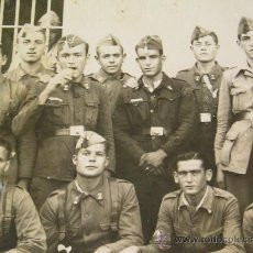 Militaria: **ANTIGUA FOTOGRAFIA EN BLANCO Y NEGRO,---SOLDADOS---(17X11,5 CM)VER FOTOS ADICIONALES**. Lote 26523465