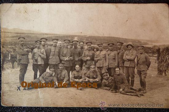 (JX-451)FOTOGRAFIA GRUPO DE OFICIALES EN REFTLE CAMPAÑA DE AFRICA (Militar - Fotografía Militar - Otros)