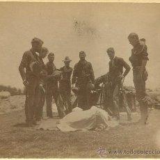 Militaria: FOTOGRAFÍA ORIGINAL - GUERRA HISPANO AMERICANA DE FILIPINAS DE 1898 - SOLDADO AMERICANO MUERTO. Lote 27270265