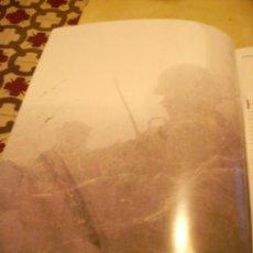 Militaria: FOTOGRAFÍA ANTIGUA. CAMPO DE BATALLA. PÁGINA DE PRENSA, ENMARCABLE.. Lote 27377052
