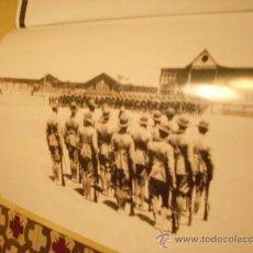 Militaria: FOTOGRAFÍA ANTIGUA. LEGIÓN ESPAÑOLA, 1920. PÁGINA DE PRENSA, ENMARCABLE.. Lote 27377766