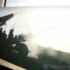 Militaria: FOTOGRAFÍA ARTÍSTICA. ARTILLERÍA PESADA. PÁGINA DE PRENSA, ENMARCABLE.. Lote 27890418