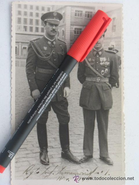 FOTO VETERANO DE LA DIVISION AZUL CON PLACA DE ASALTO DE INFANTERIA Y PASADOR CON MEDALLAS (Militar - Fotografía Militar - II Guerra Mundial)